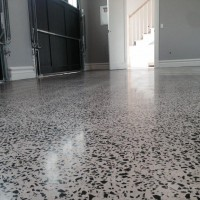 Verniz Epóxi aplicado em piso de granilite