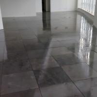 Verniz Epóxi aplicado em piso de ardósia