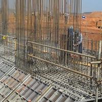 Massa epóxi no chumbamento de ferros na construção civil