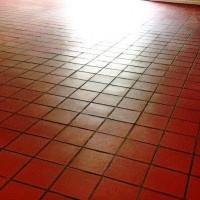 Seladora aplicada em piso cerâmico
