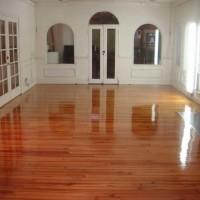Cellux aplicada em piso de madeira