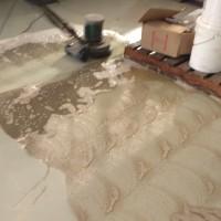Limpeza em piso epóxi com Drip