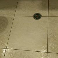 Drip na limpeza de porcelanato fosco